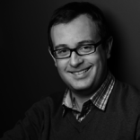 Porträt eines Mannes mit Brille